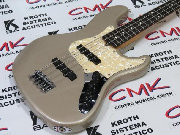 Foto do produto  Contrabaixo Jazz Bass American Deluxe 97/98 (usado)